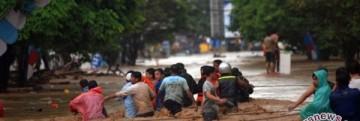 20140115manado-banjir